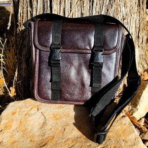 Wilson Leather Messenger Bag